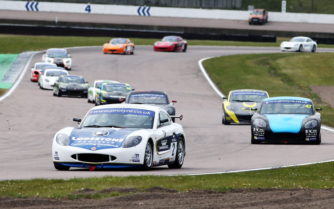 Toth-Jones battles to double Top Ten at Rockingham
